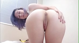 Webcam Model Tess From angelzlive.com Riding On A Huge Dildo
