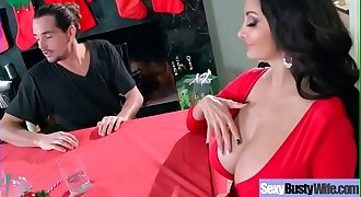 Big boobs Wifey (Ava Addams) Like Hardcore Sex In Front Of Cam vid-06