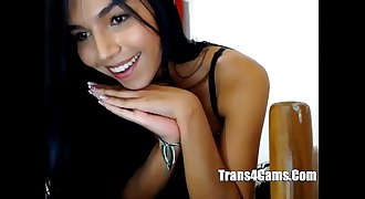 Shemale, Pretty Smile,  Watch her Jack-Off - www.trans4cams.com